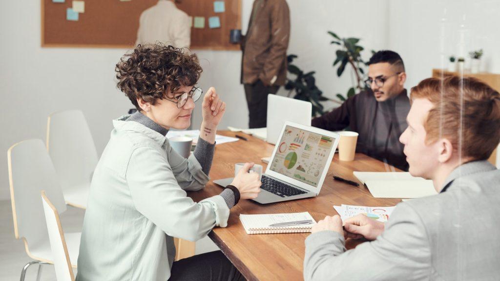 4 Strategies for Gathering Intelligent Customer Insights